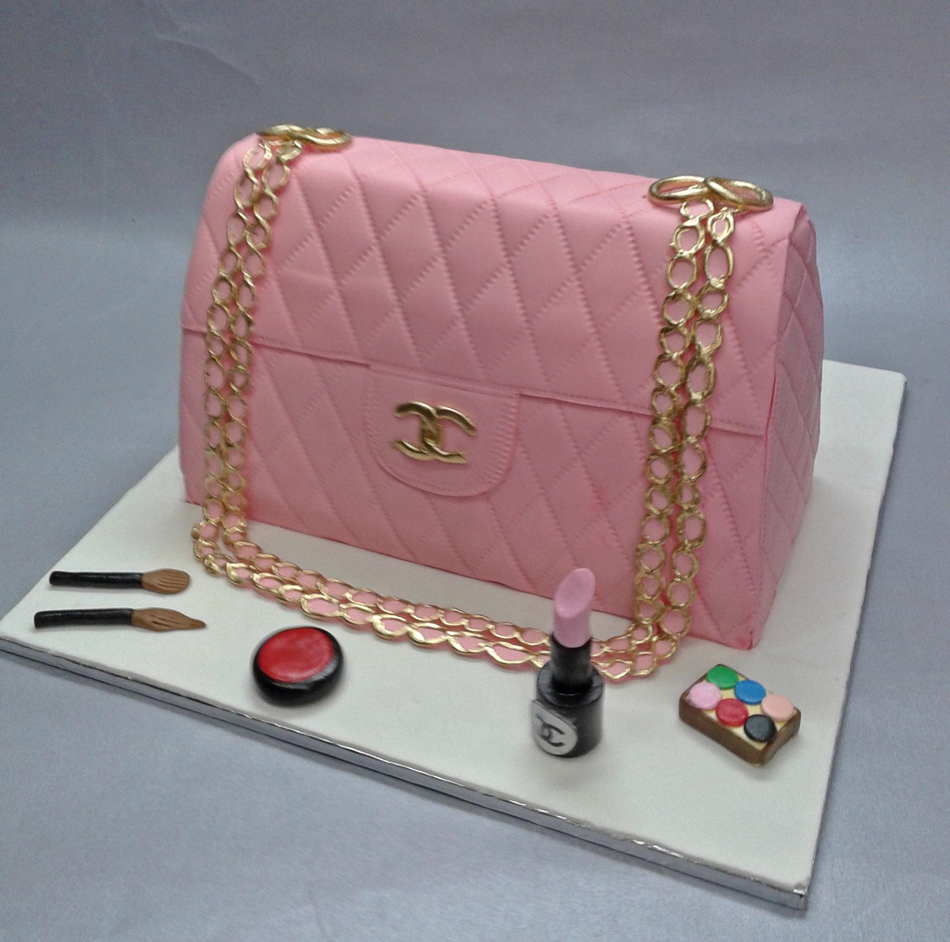 почему любители торты в виде сумки фото него можно